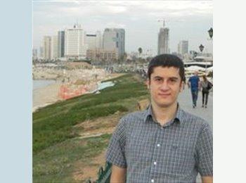 Mihai - 27 - Student