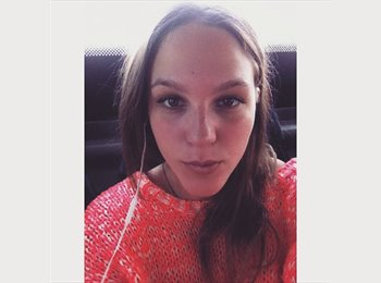 EasyRoommate UK - Anett  - 18 - Brighton and Hove