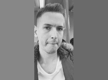 EasyRoommate UK - Daniel - 24 - Manchester