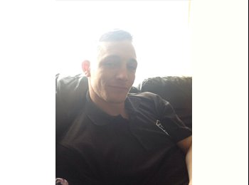 EasyRoommate UK - Anthony - 29 - Coventry