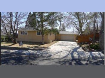 EasyRoommate US - Arcane Avenue - Reno, Reno - $400 pcm