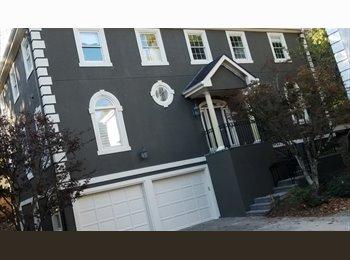 EasyRoommate US - Buckhead/Pinehills - basement room w/private bath - Buckhead, Atlanta - $865 pcm