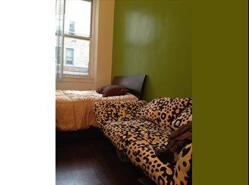 Private Studio double bed sofa TV WIFI share bath