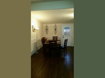 EasyRoommate US - Room for rent  - Downtown Anaheim, Anaheim - $600 pcm