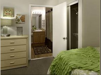 EasyRoommate US - awesome apartment at the Reserve on West 31st! - Lawrence, Lawrence - $356 pcm