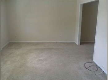 EasyRoommate US - Room For Rent - Available NOW - Couples Welcome - Fayetteville, Fayetteville - $300 pcm