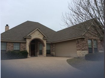 EasyRoommate US - Great 4 bedroom home.  - Willow Park, Fort Worth - $1,850 pcm