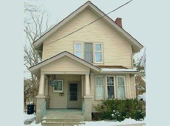 EasyRoommate US - Remodeled, Pet Friendly Home in Burns Park - Ann Arbor, Ann Arbor - $900 pcm
