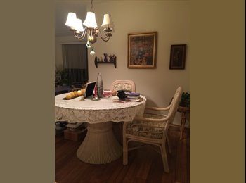 EasyRoommate US - Seeking a Roommate for Cozy Apt, who LOVES Cats - Tucson, Tucson - $378 pcm