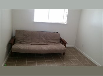 EasyRoommate US - 2 Deluxe Rooms in shared housing program 500 mo - North Highlands, Sacramento Area - $500 pcm