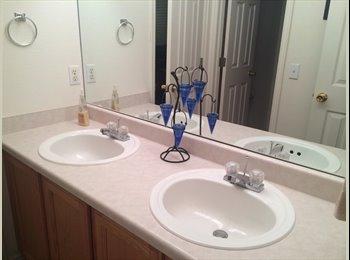 EasyRoommate US -  Private bedroom and bathroom  - Northglen, Denver - $950 pcm