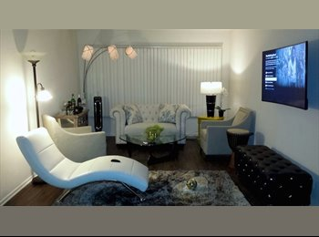 Posh, Fully Remodeled Chic & Cozy 1 Bedroom Available