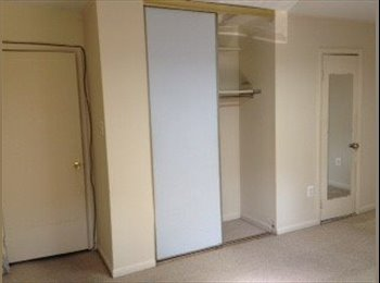 Townhouse room for rent
