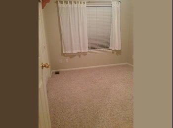 EasyRoommate US - Room For Rent - Aurora, Aurora - $500 pcm