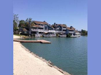 EasyRoommate US - GREAT IRVINE SPACE ON THE LAKE!! - Irvine, Orange County - $950 pcm