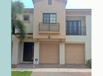 EasyRoommate US - Grand Cypress Coconut creek - Coconut Creek, Ft Lauderdale Area - $1,100 pcm