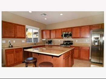 EasyRoommate US - fully furnished room available for rent - Desert Shores, Las Vegas - $500 pcm