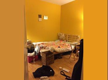 Room Available in 2 bedroom, 2 bath condo