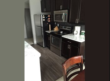 EasyRoommate US - PRIVATE 1 BD 1 BATH $650 mth New Albany - Northeast, Columbus Area - $650 pcm