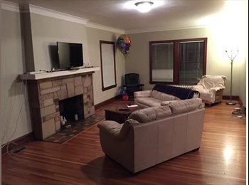 EasyRoommate US - Great Location!!! - Calhoun-Isles, Minneapolis / St Paul - $600 pcm