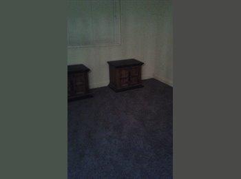 EasyRoommate US - room for rent near joshua tree - Coachella, Southeast California - $375 pcm