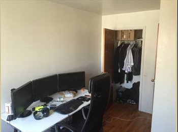 Great Room in Great Location!