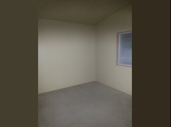 EasyRoommate US - clean and sober roommate  - Tacoma City, Tacoma - $550 pcm