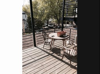 EasyRoommate US - Logan Square rental - West Town, Chicago - $900 pcm