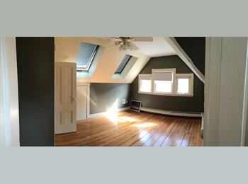 EasyRoommate US - Available now! $850 for 1 bd shared bath - Roslindale, Boston - $850 pcm