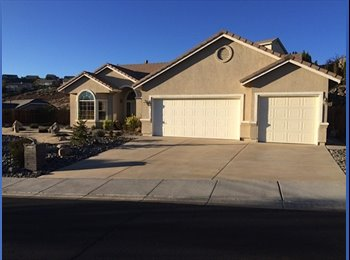 EasyRoommate US - 3 Rooms For Rent Near University - Reno, Reno - $450 pcm