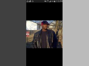 EasyRoommate US - Darnell  - 23 - Bridgeport