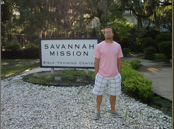 EasyRoommate US - Chris   - 36 - Savannah
