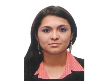 Luisa  - 26 - Student