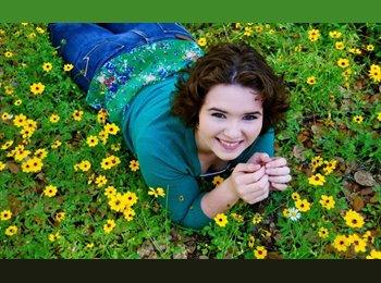 EasyRoommate US - Hannah - 21 - Austin