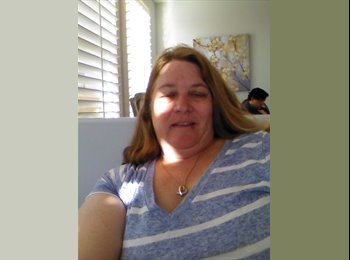EasyRoommate US - Wendy - 53 - Orange County