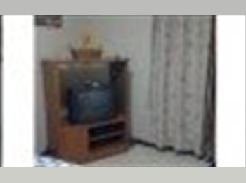 CompartoApto VE - alquiler de habitacion - Baruta, Caracas - BsF 10.000 por mes