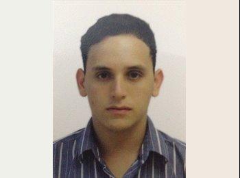 CompartoApto VE - Carlos - 18 - Caracas