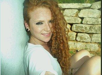 Fiona - 20 - Etudiant