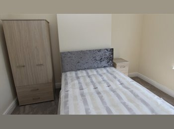 EasyRoommate UK - Well Appointed Professional/Academic House Share - Rusholme, Manchester - £245 pcm