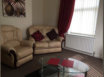 EasyRoommate UK - Excellent Family 3 Bed  Longton Stoke onTrent - Longton, Stoke-on-Trent - £238 pcm