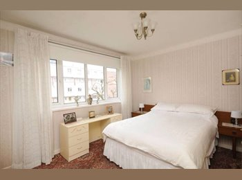 Newly refurbished  one double bedroom in NW1