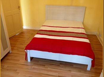 EasyRoommate UK - LOVELY DOUBLE ROOM TO RENT CLOSE TO MANOR HOUSE TU - Seven Sisters, London - £736 pcm