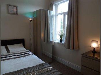 EasyRoommate UK - Great Single Room in Rossington! - Rossington, Doncaster - £325 pcm