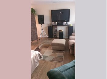 $800/ Room for Rent w/private bath($100 DISCOUNT)