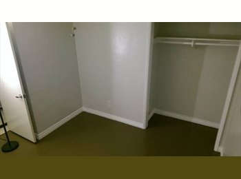 EasyRoommate US - Gay Friendly room for rent in Old Town Scottsdale, $550 a month. - Scottsdale, Scottsdale - $550 pcm