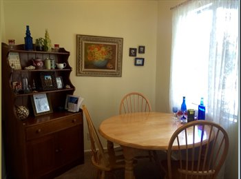 $850 Room in cute house in East Side Costa Mesa