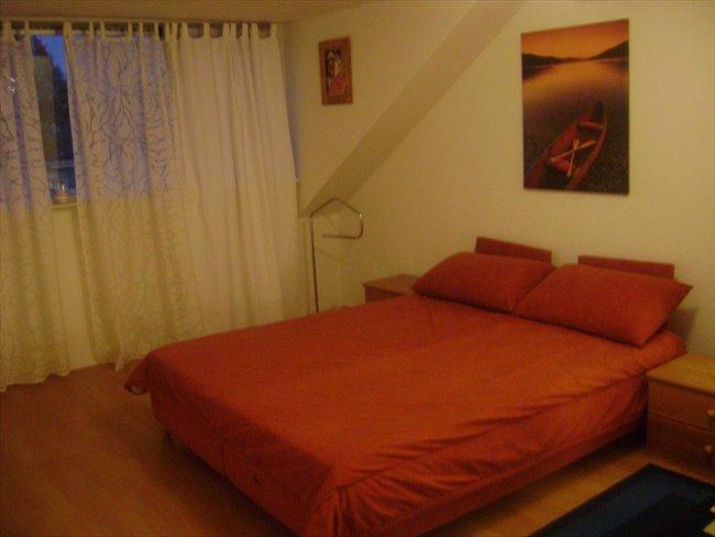 Aangeboden: een ruime en mooie kamer -  - Image 1