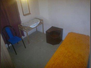 CompartoDepto AR - Habitaciones para mujeres - Trelew, Trelew - AR$ 2.000 por mes