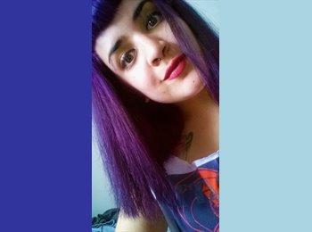 Camila - 21 - Estudiante