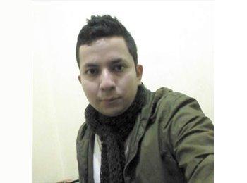 Esteban   - 27 - Estudiante